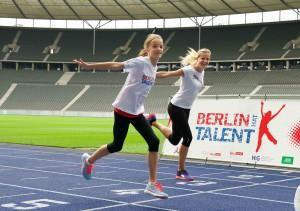 Helene mit ihrem Idol Melanie Bauschke