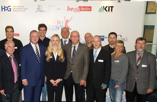 Referenten des Fachsymposiums: v.l.n.r. Frank Henkel, Till Utesch, Britta Steffen, Frank Schlizio, Klaus Böger, Reinfried Kugel, Christian Werner, Christian Lusch, Cornelia Krüger