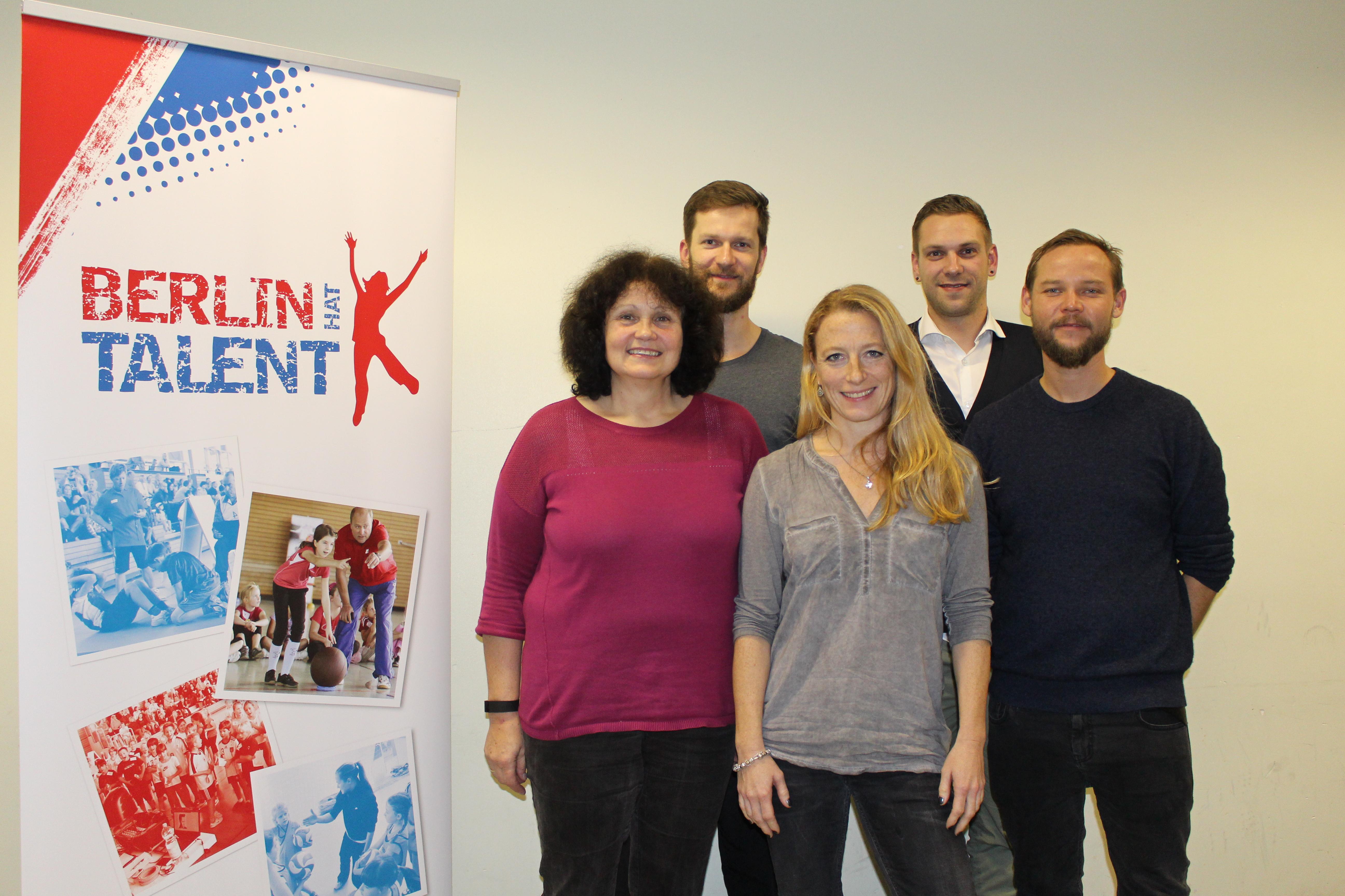 Teilnehmer der Informationsveranstaltung für Sportlehrkräfte am 12.11.15 in Steglitz-Zehlendorf