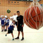 Zielfwerfen mit einem Handball auf der Talentiade