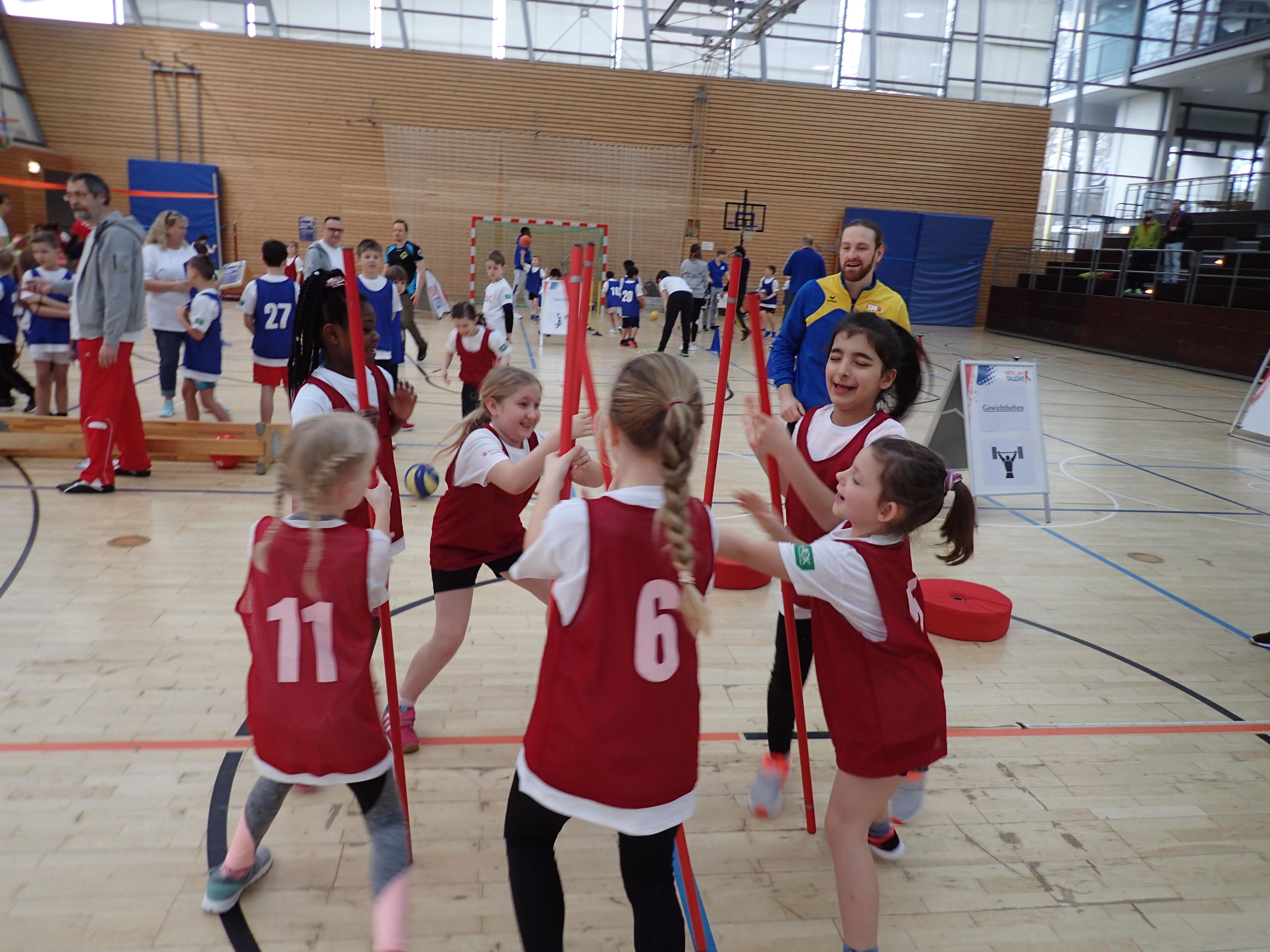 Koordination und Schnelligkeit gleich Spaß - Talentiade Neukölln 2020